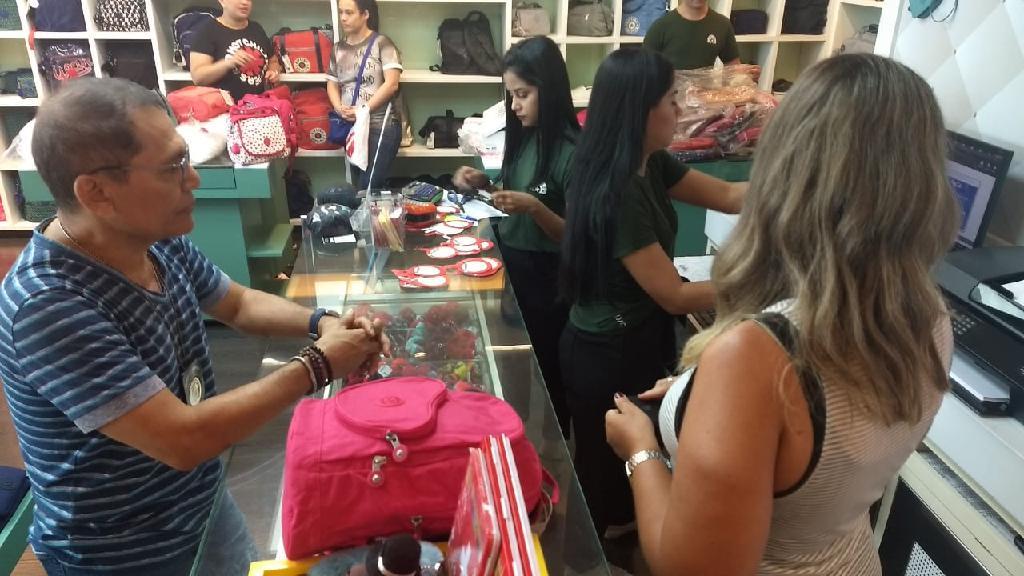 Sefaz Amazonas promove blitz para garantir direitos do consumidor e do estado.
